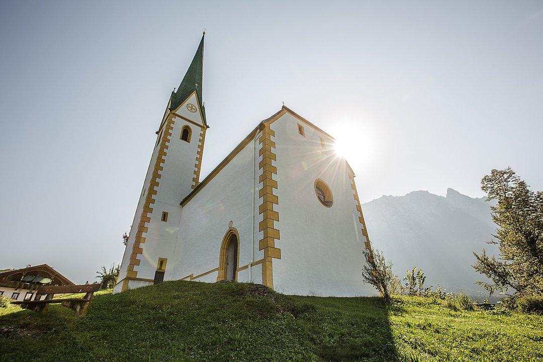 Filialkirche St. Nikolaus in Ebbs - Der Ort, der Gottes Segen spürbar macht