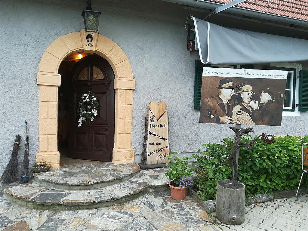 KulturWeingut Kästenburg (W109)