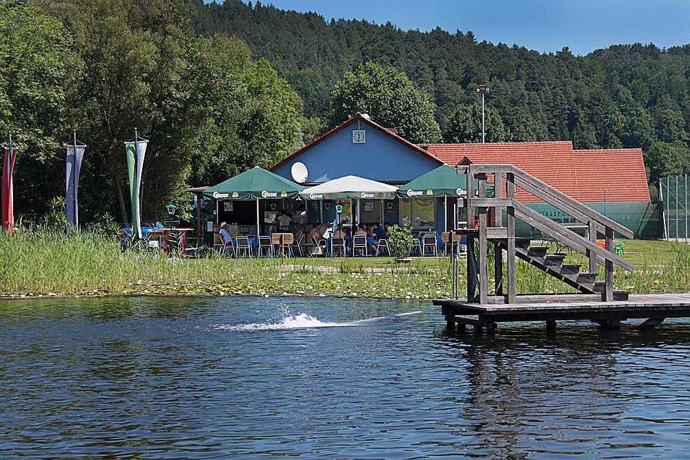 Naturbadeteich & Freizeitanlage Oberhaag (W439)