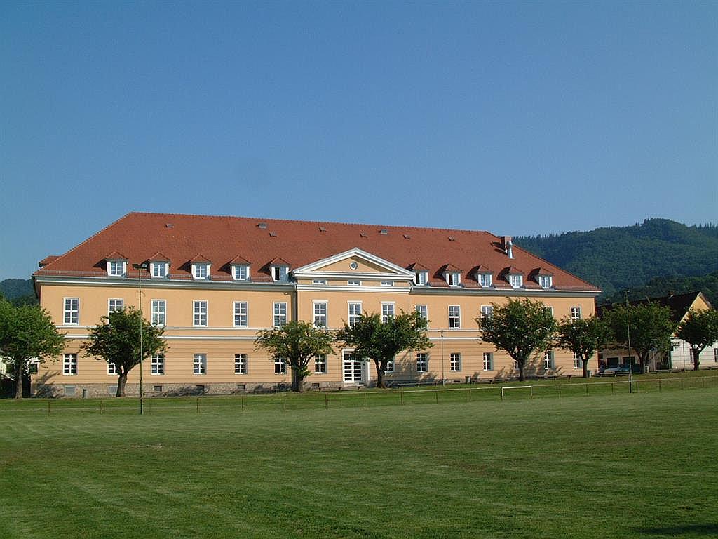 Talschloss Arnfels (W745)