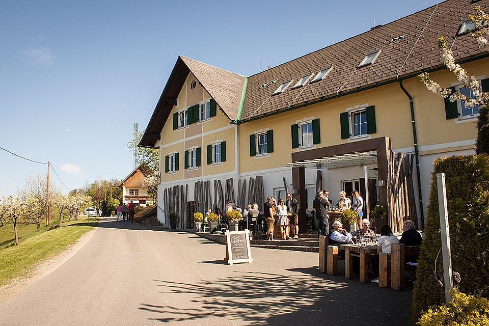 Weingut Kellerei Buschenschank Wieser (W238)