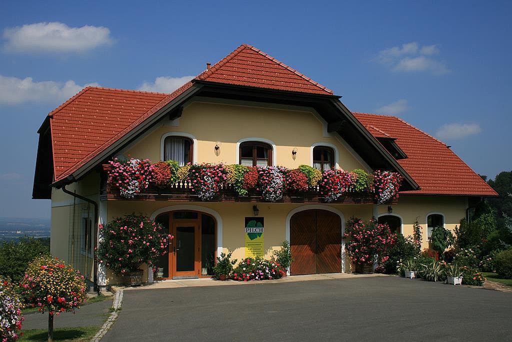 Weingut Pilch (W096)